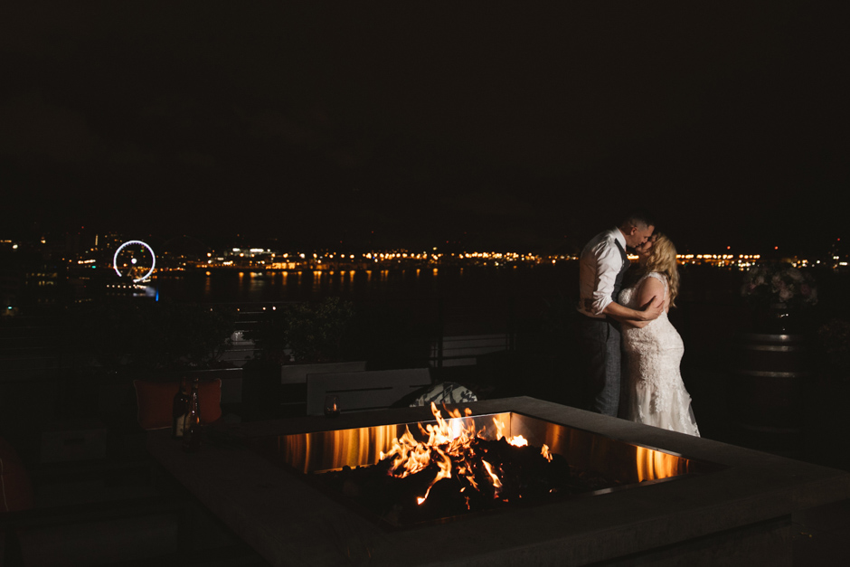 rooftop wedding in seattle by jenny gg