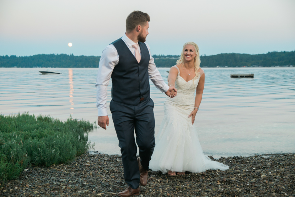 hood canal wedding by jenny gg