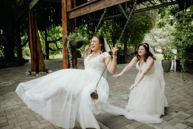 same sex wedding cascade gardens yakima wedding