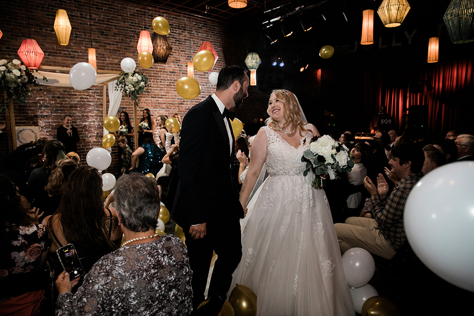 georgetown ballroom wedding ceremony balloon drop