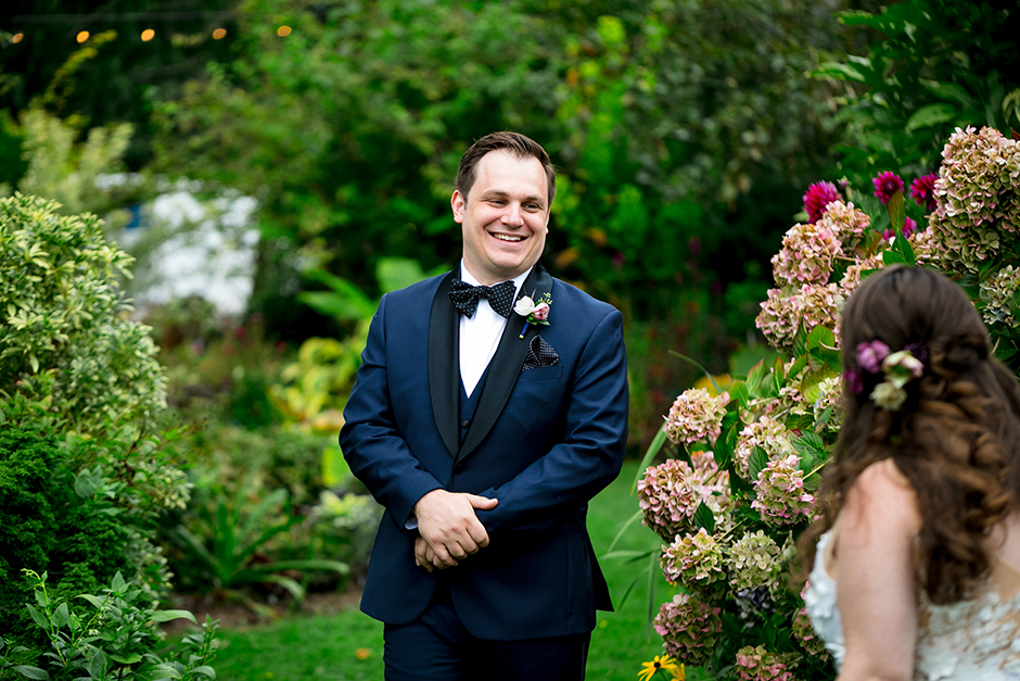 first look with groom at froggsong gardens