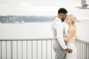 bell harbor roof top bride and groom